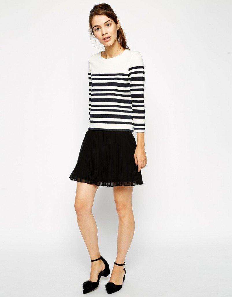 Черная короткая юбка со  складками