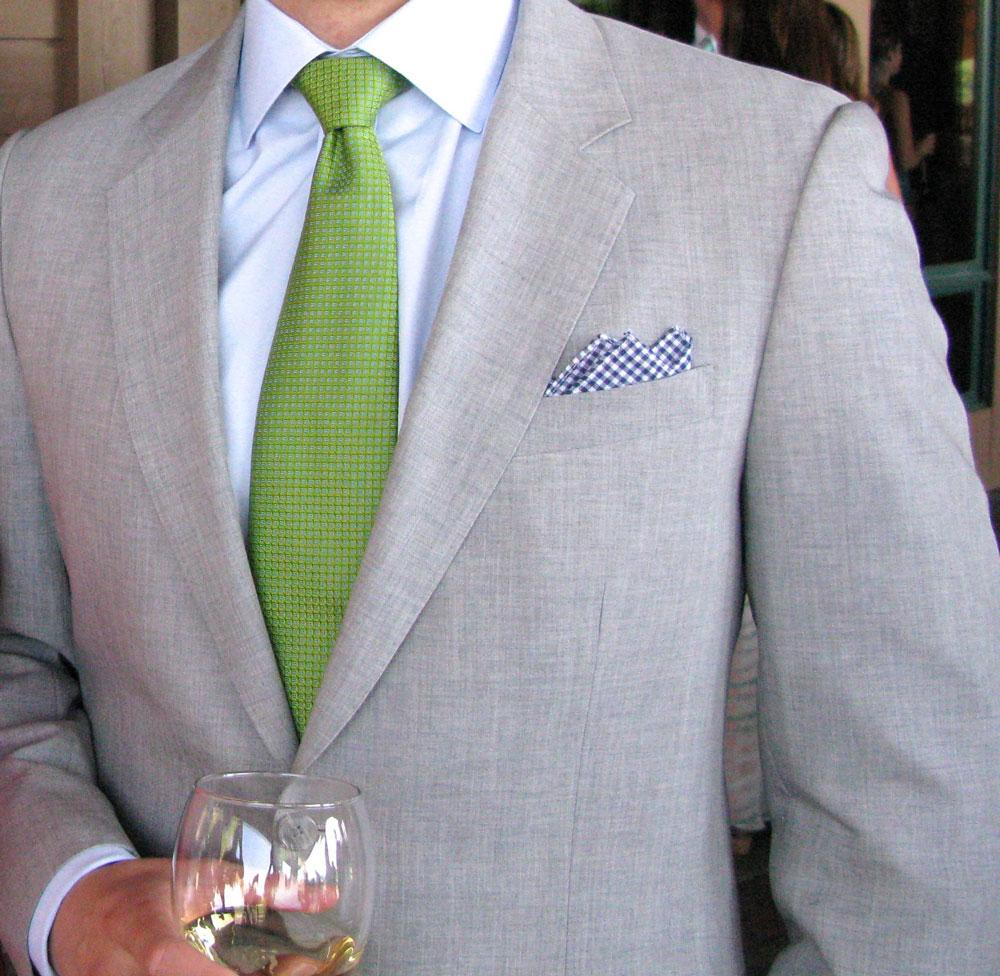 Стильный зеленый галстук
