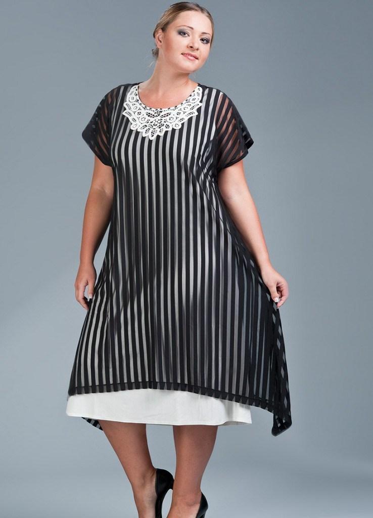 Черное платье балахон в полоску для полной девушки