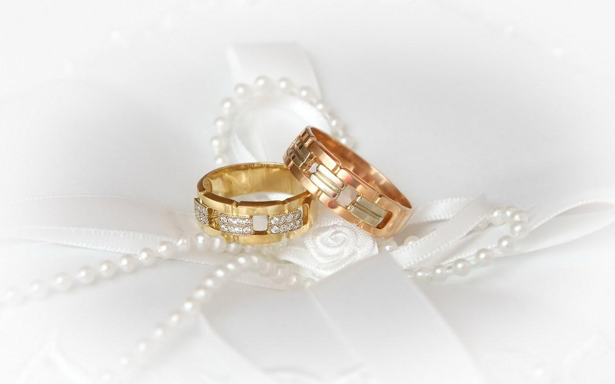 Как правильно выбрать обручальные кольца ... 76bd9b98457e0