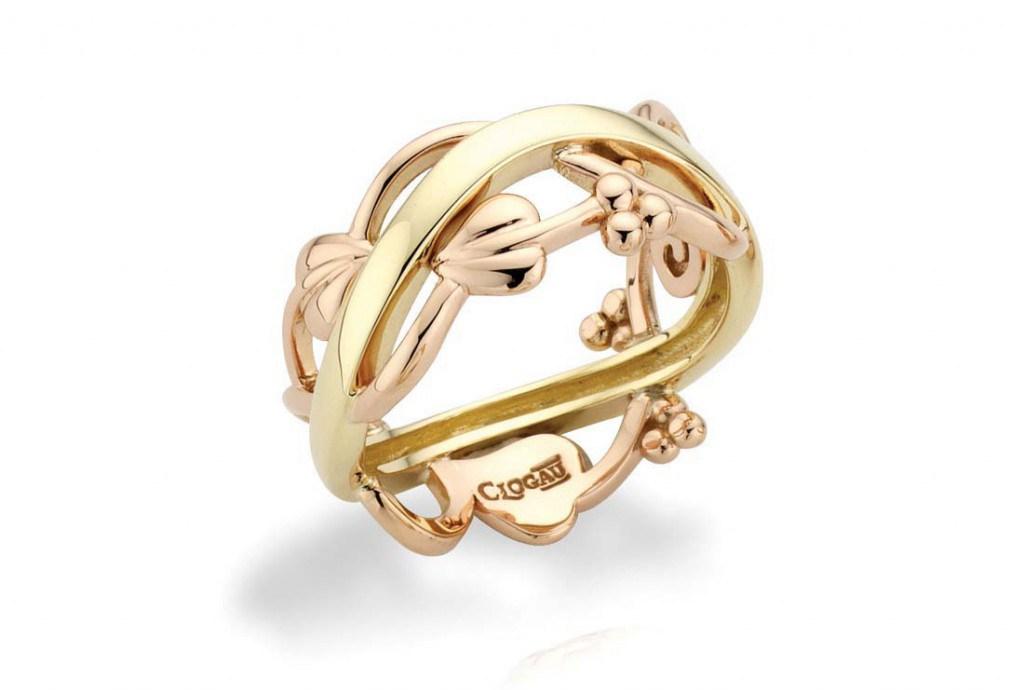 Широкое обручальное кольцо с орнаментом
