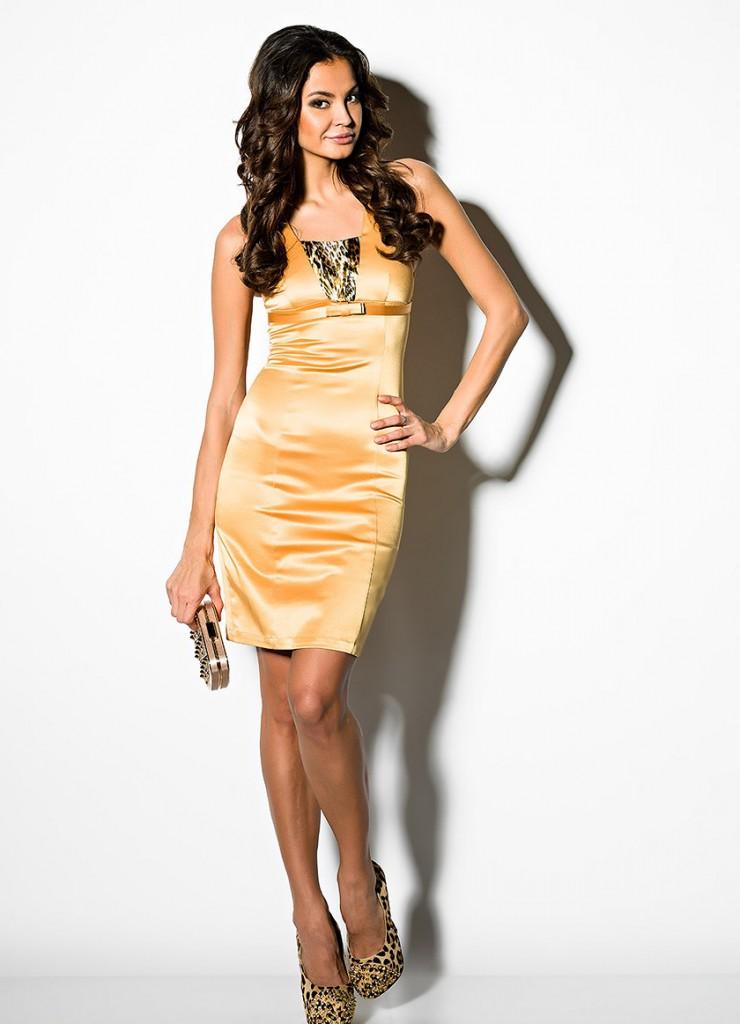 Атласное золотое платье с клатчем