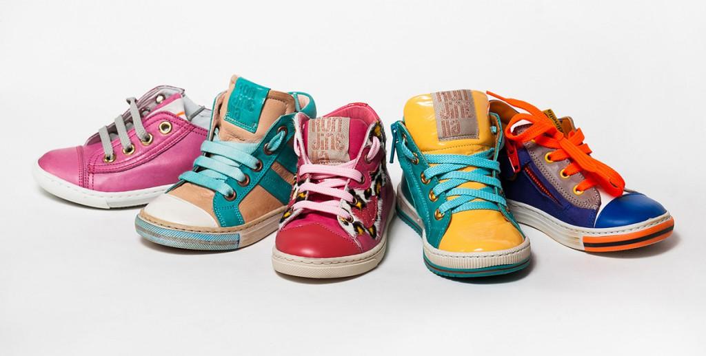 Разнообразие модной детской обуви