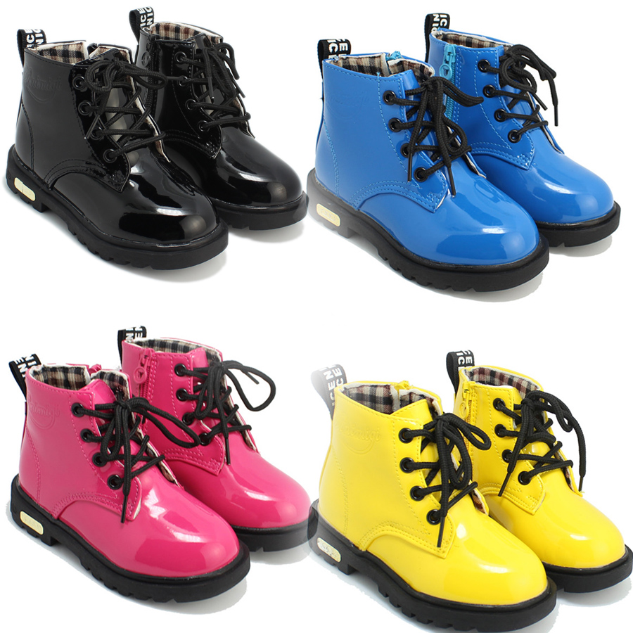 Детские резиновые ботинки