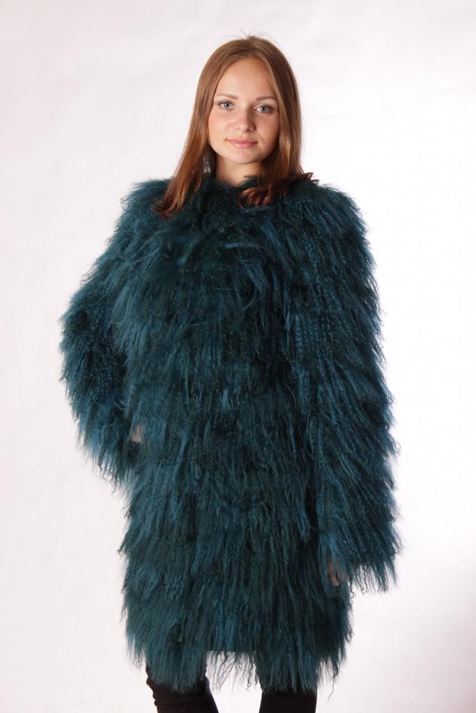 Изумрудная стильная шуба из ламы