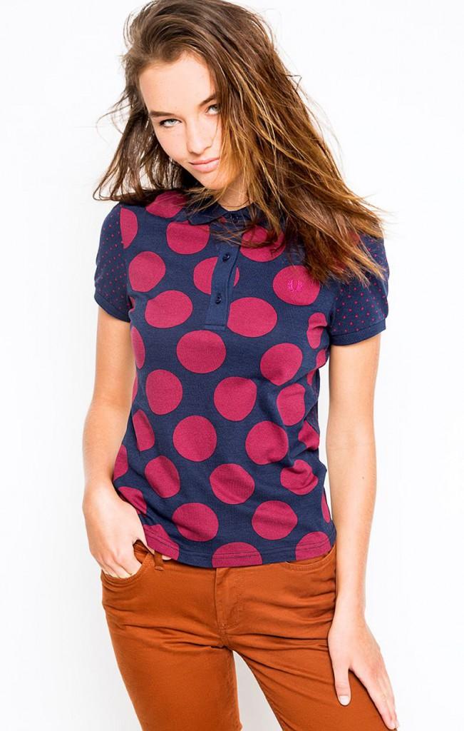 Модная футболка в горошек
