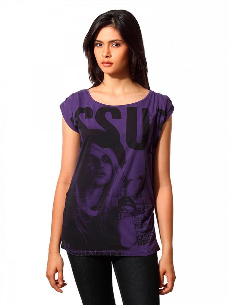 Женская фиолетовая футболка с рисунком
