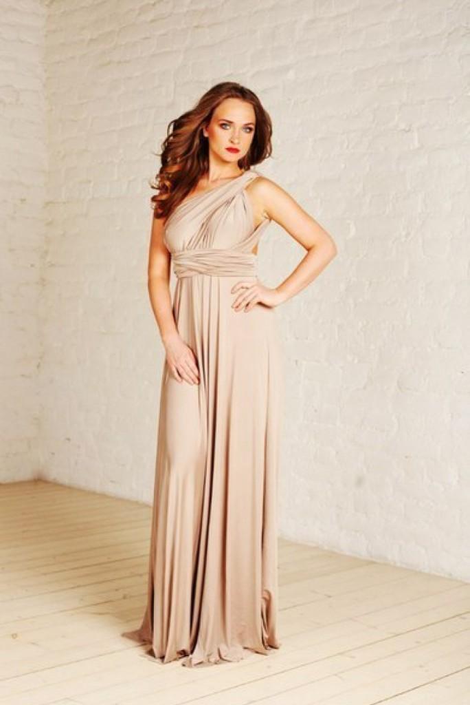 Вечернее кремовое платье в пол