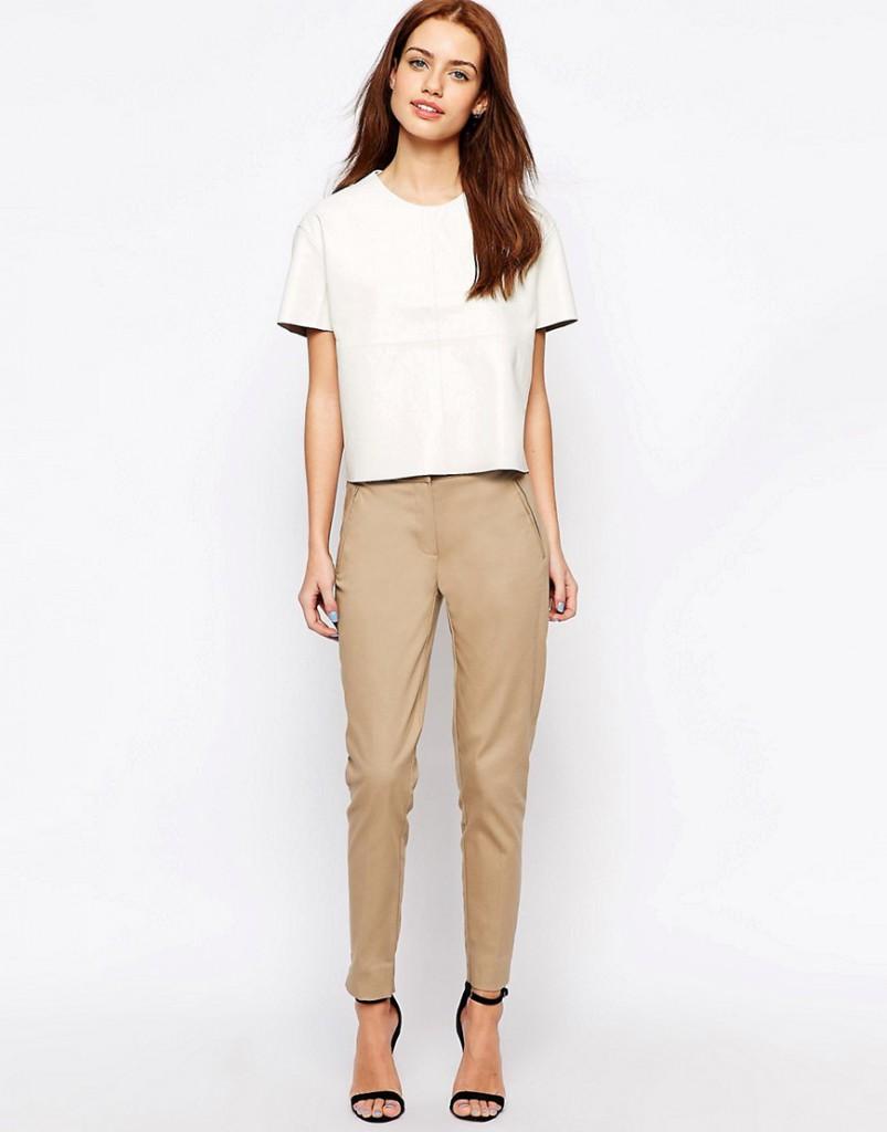 Узкие бежевые укороченные брюки
