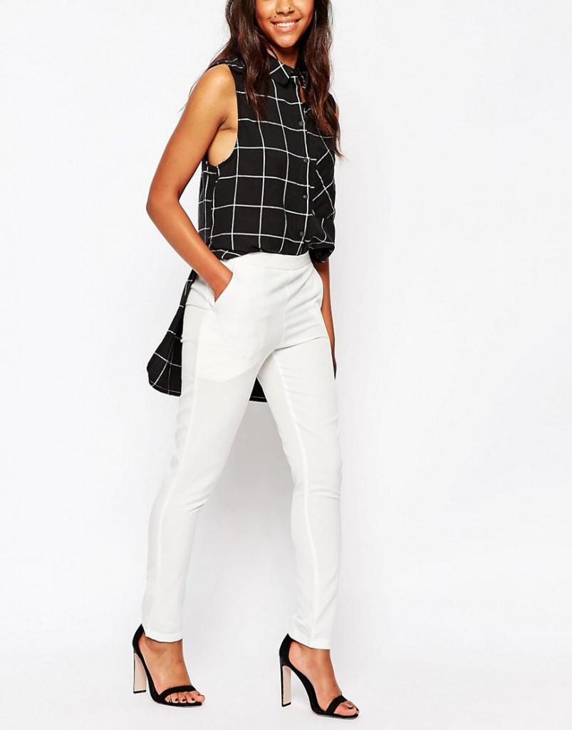 Узкие белые укороченные брюки