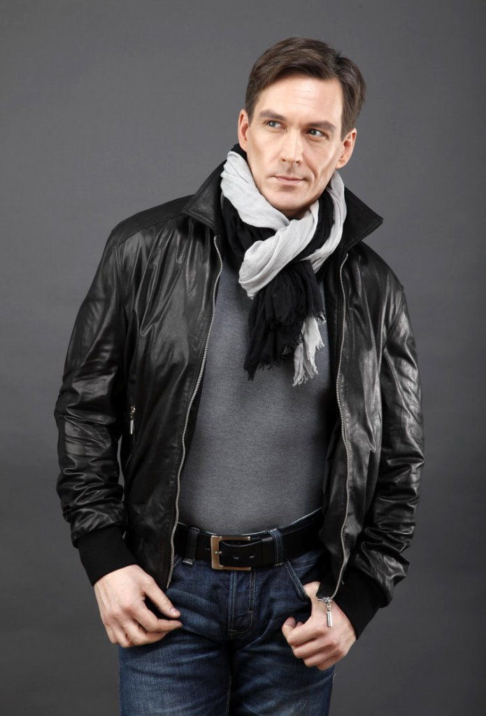 Модная кожаная мужская куртка