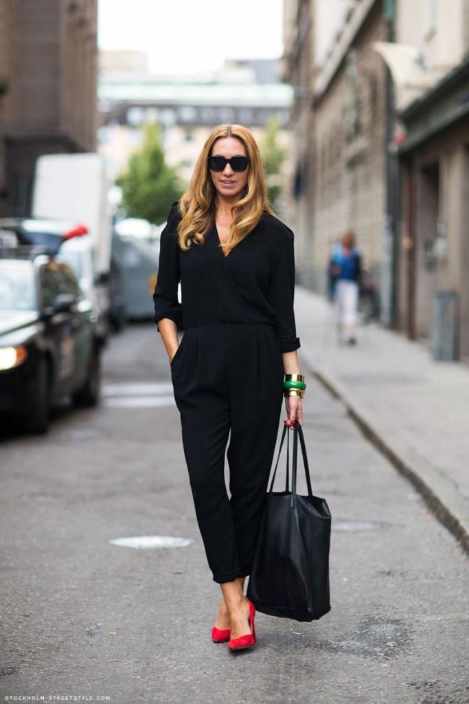 Черные брюки во французском стиле