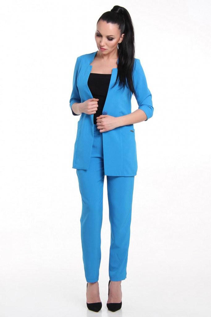 Брючный женский классический голубой костюм