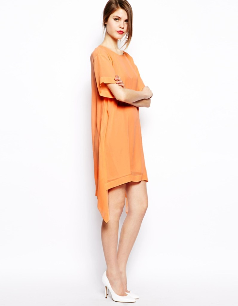 Спортивно-классическое женское оранжевое платье