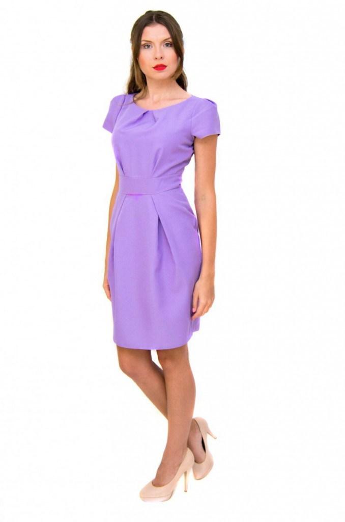 Сиреневое женское классическое платье