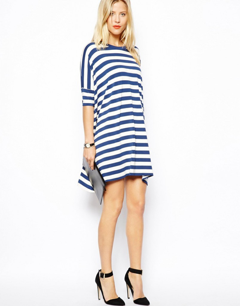 Стильное платье туника в морском стиле
