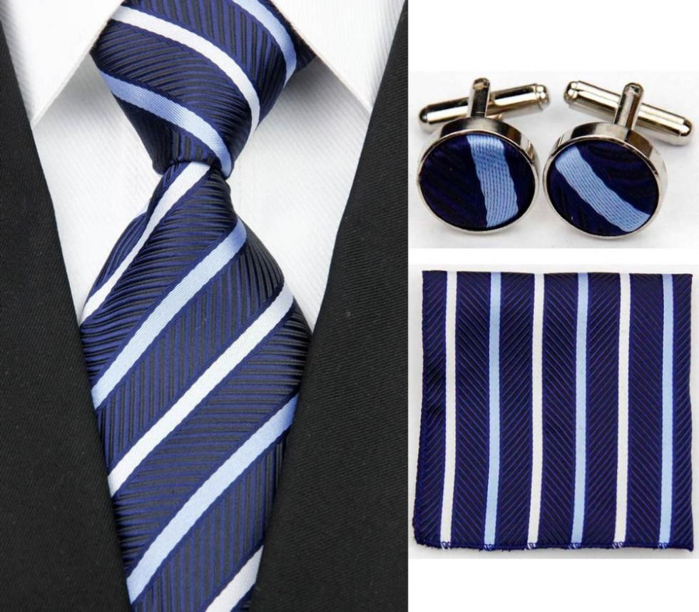 Классические аксессуары к мужскому костюму