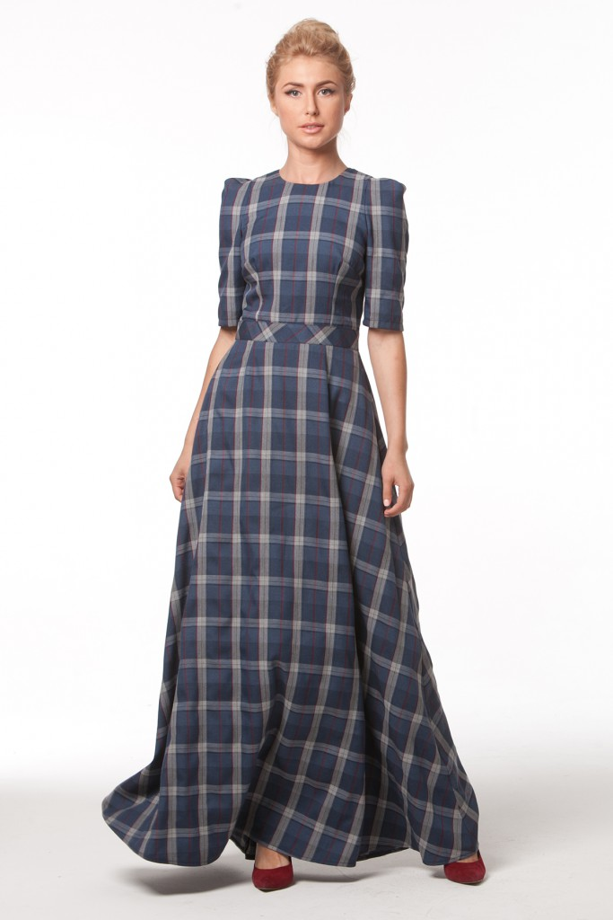 Клетчатое льняное платье в пол