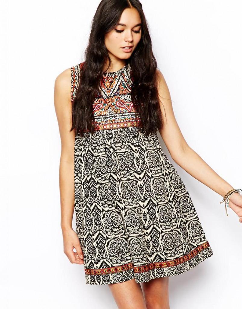 Короткое платье в стиле кантри