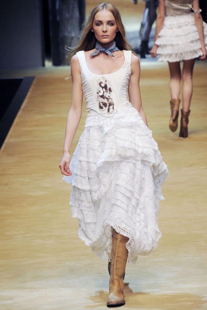 Свадебное модное платье в стиле прованс