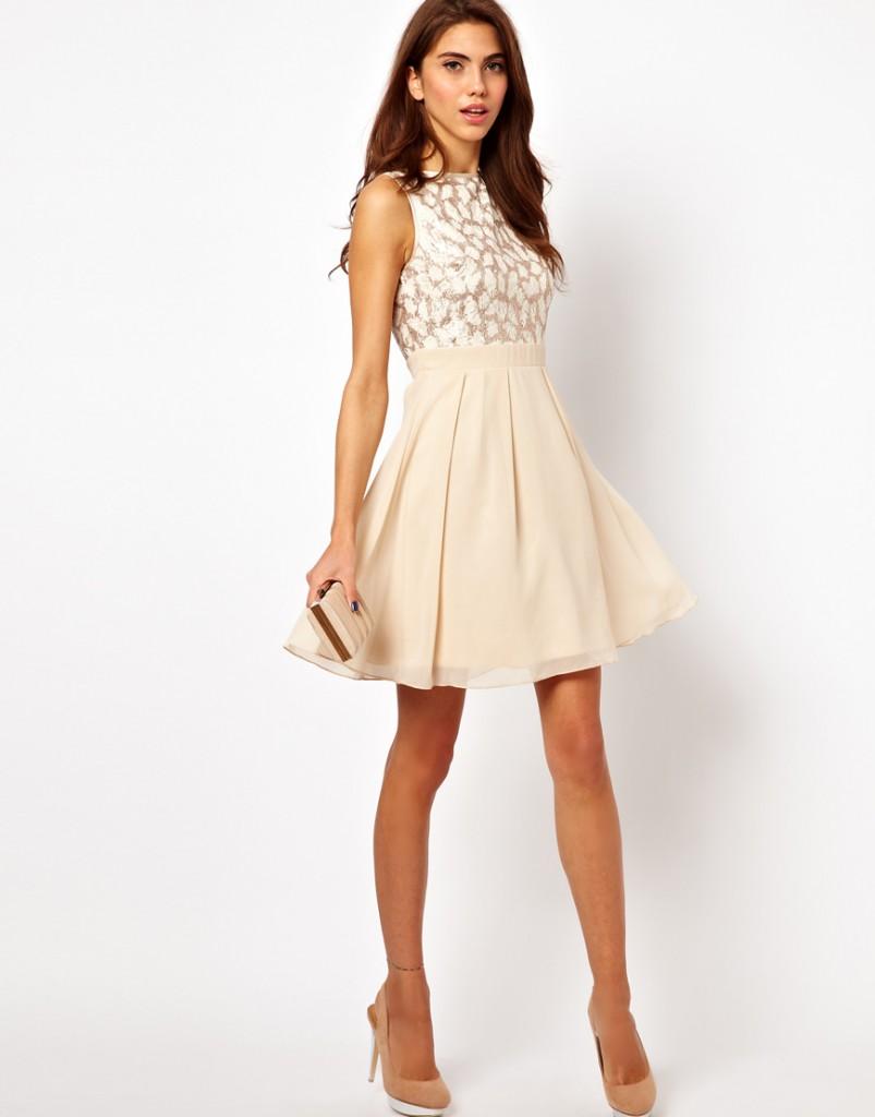 Кремовое короткое шелковое платье в гангстерском стиле