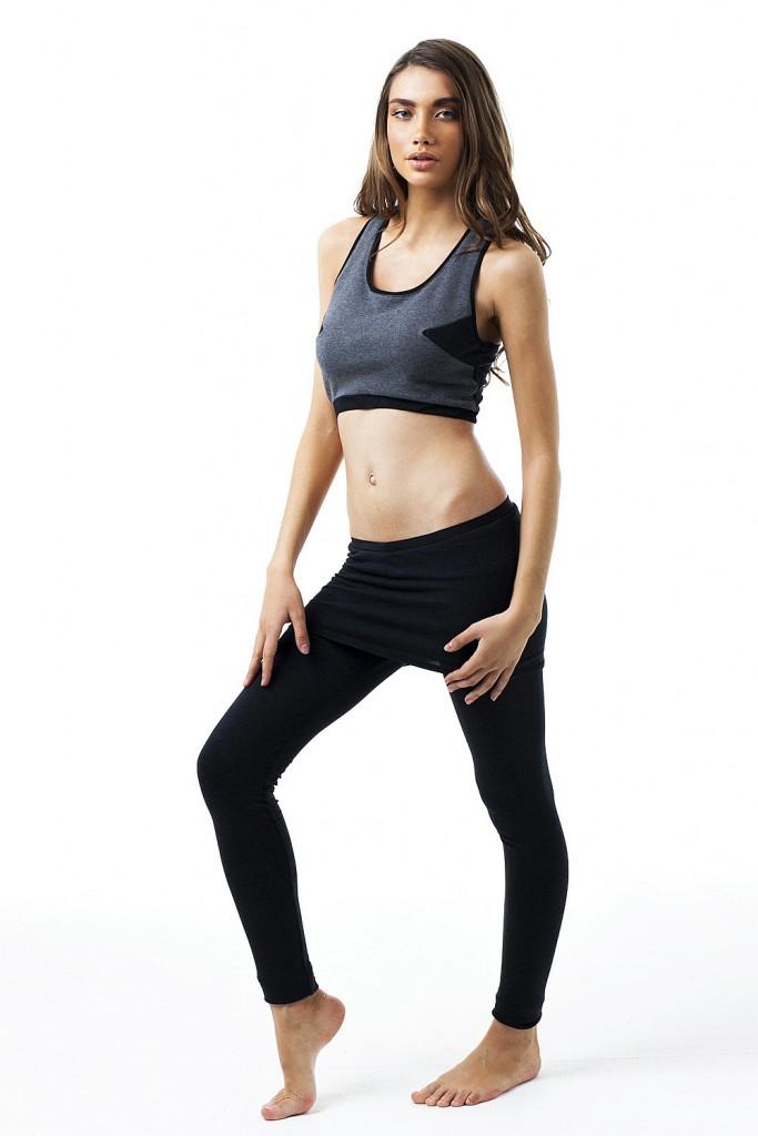 Черные спортивные лосины с юбкой