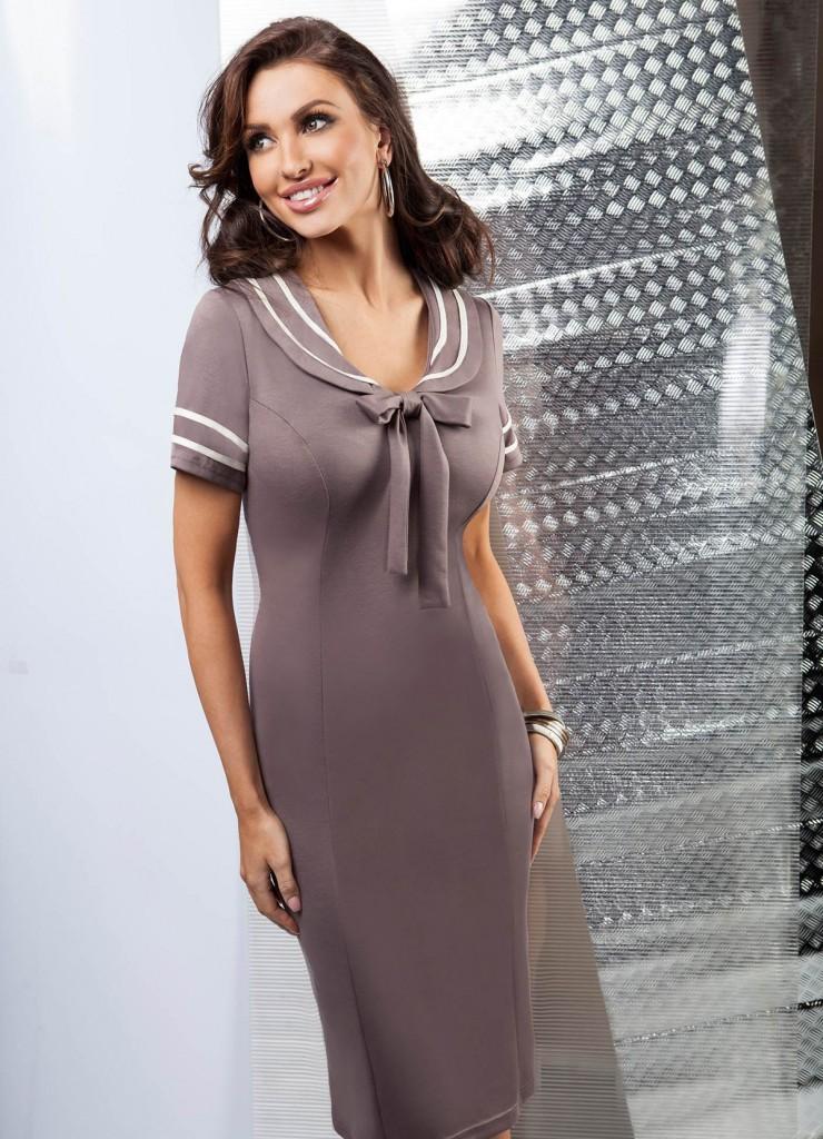 Коричневое платье для женщины 50 лет