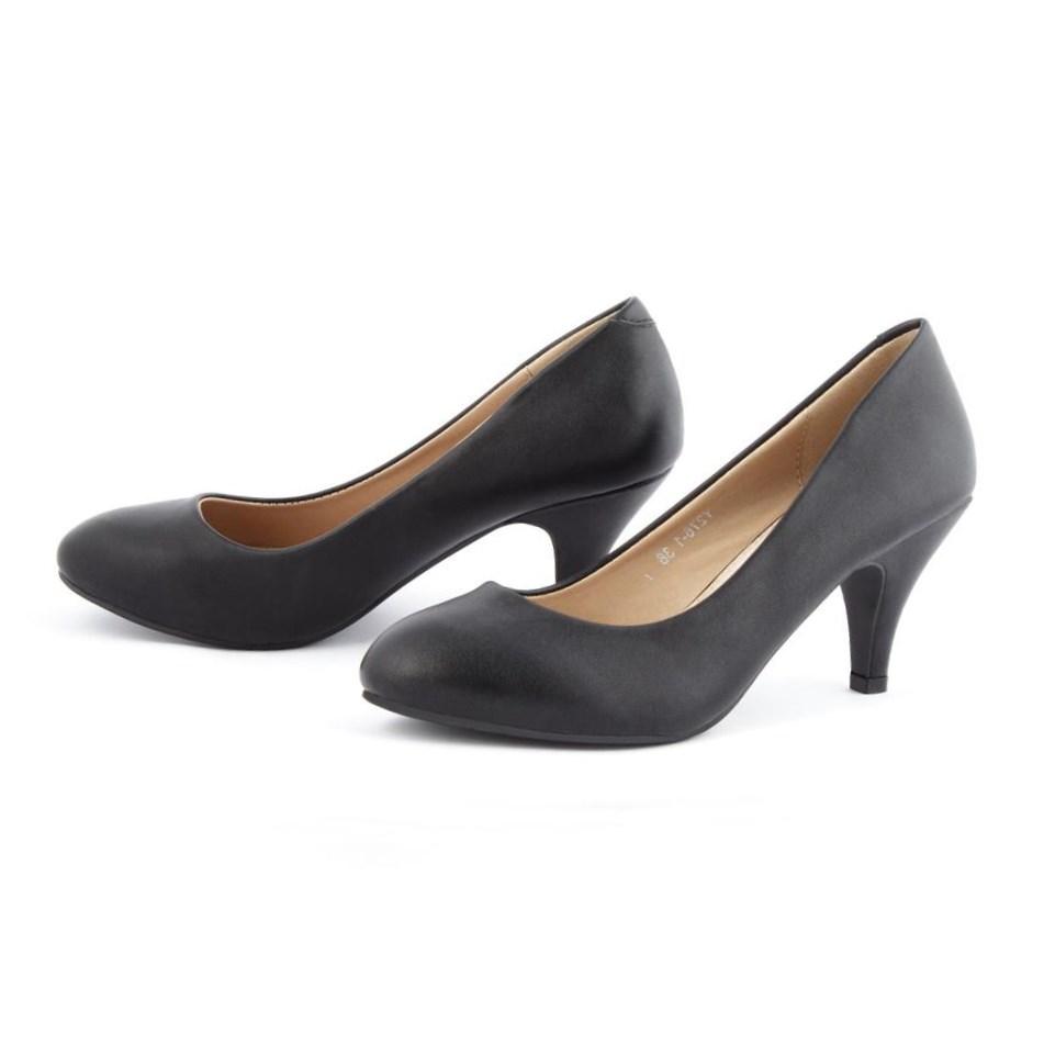Черные кожаные туфли для женщин после 40 лет