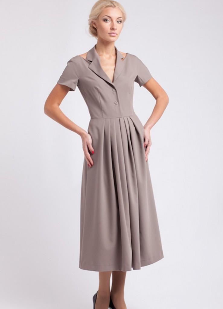 Кремовое платье для женщин после 40 лет