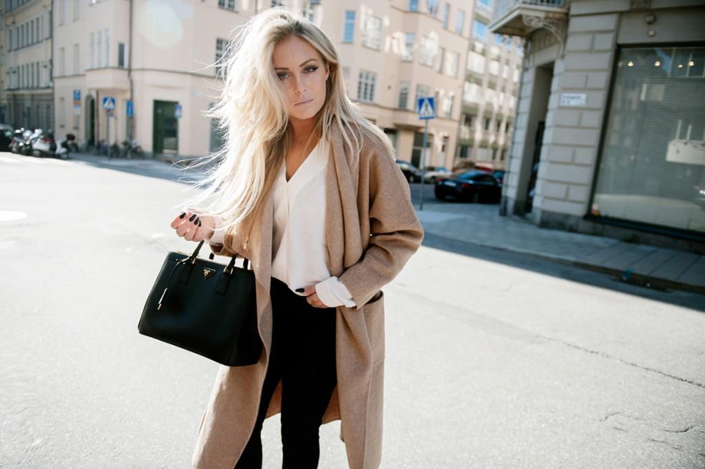 Пальто в гардеробе женщины 30 лет