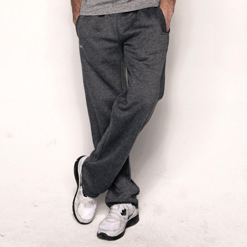 Серые мужские штаны слаксы