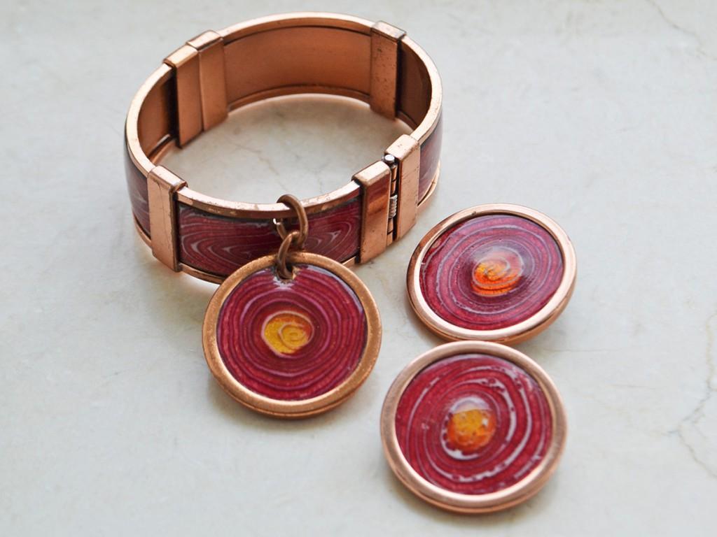 Винтажный красный браслет и серьги