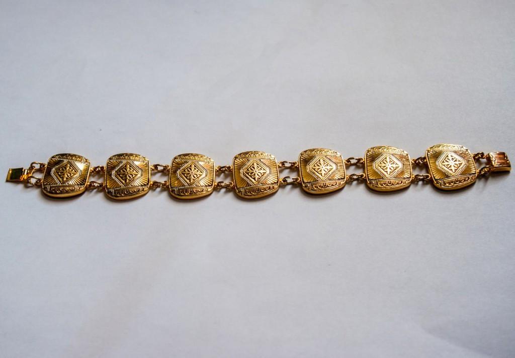 Винтажный золотистый браслет