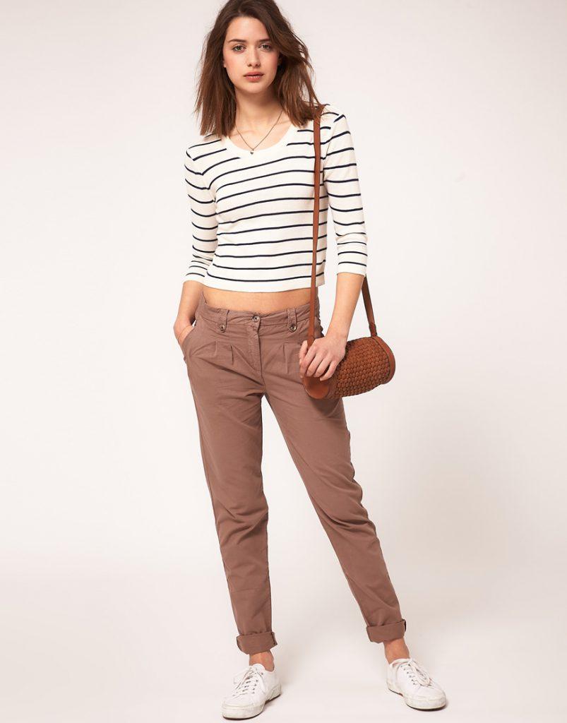 Коричневые женские брюки чинос