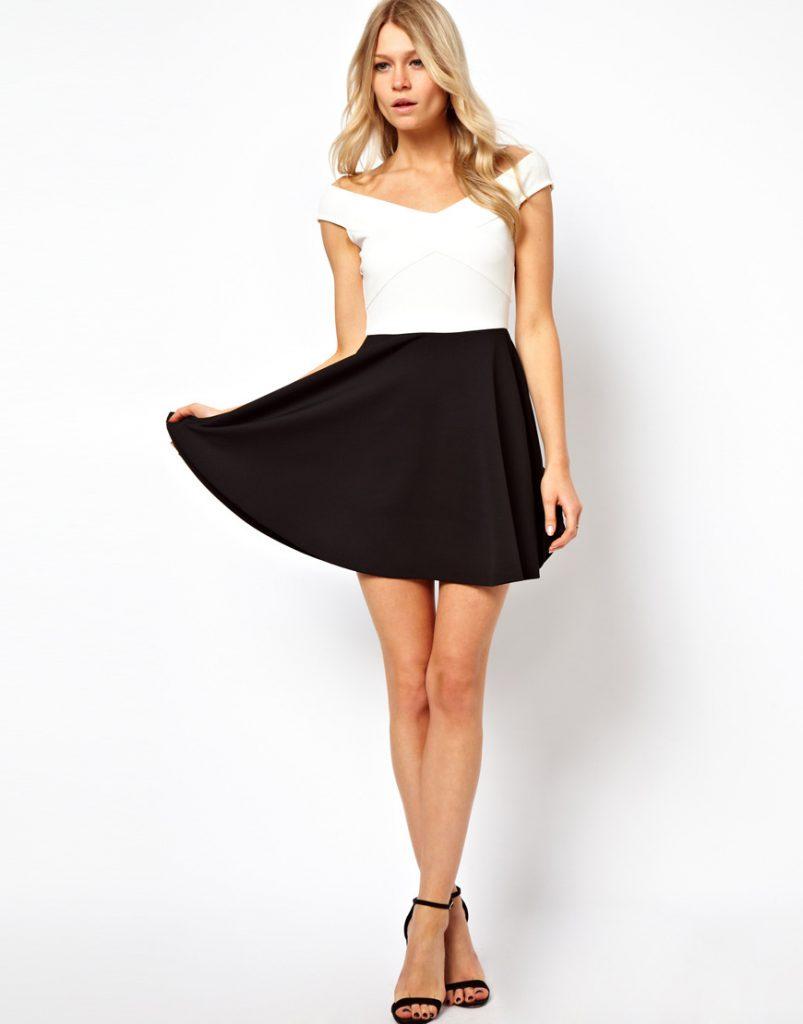 Черно-белое двухцветное платье с открытыми плечами