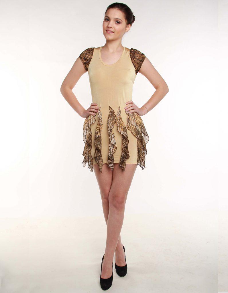 Бежевое платье со вставками из шифона