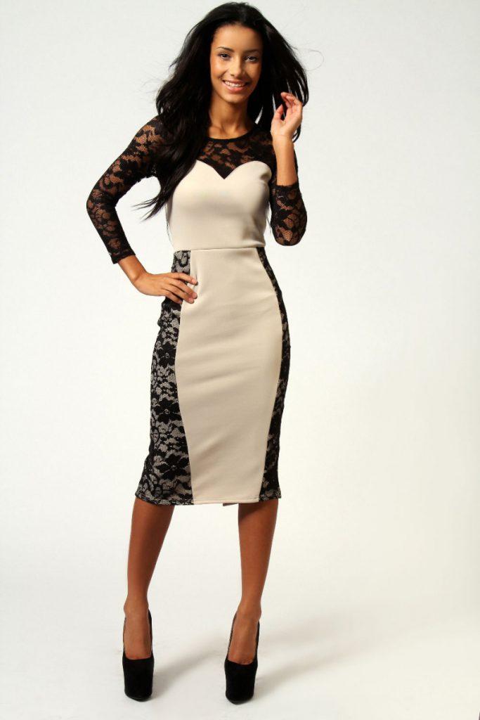 Бежево-черное платье с ажурными вставками
