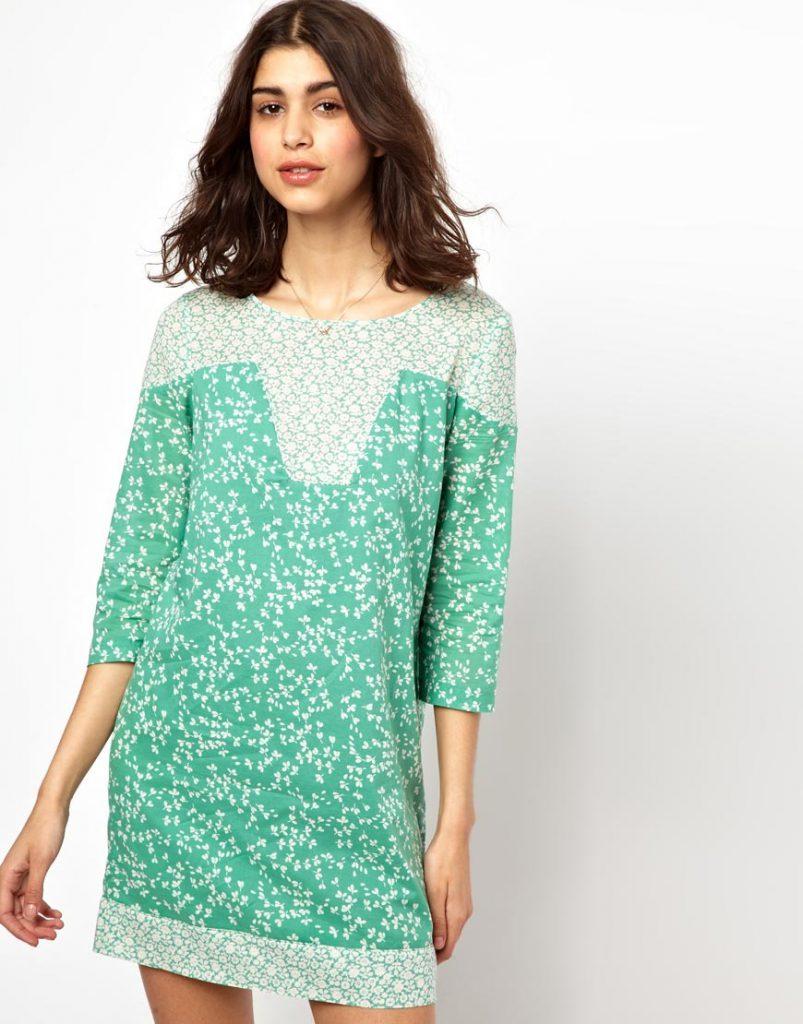 Бело-зеленое свободное винтажное платье