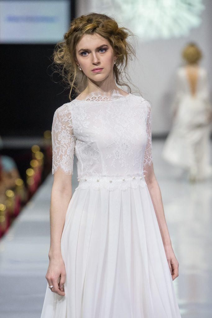 Нежное белое винтажное свадебное платье