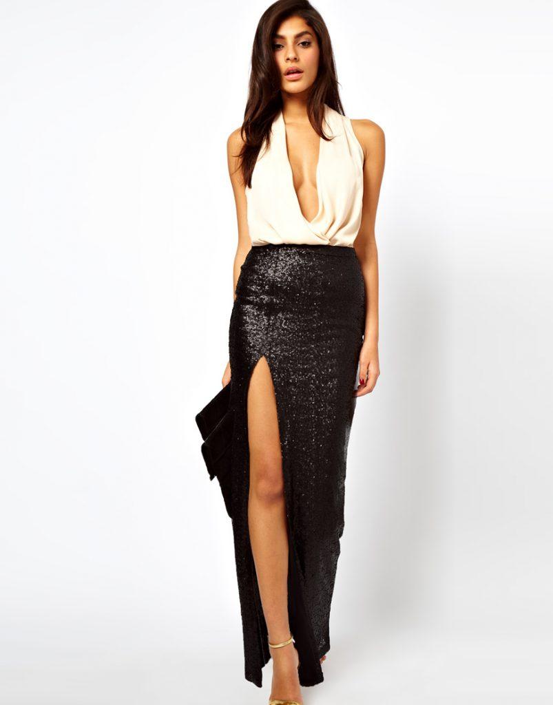 Черная блестящая юбка в пол с разрезом