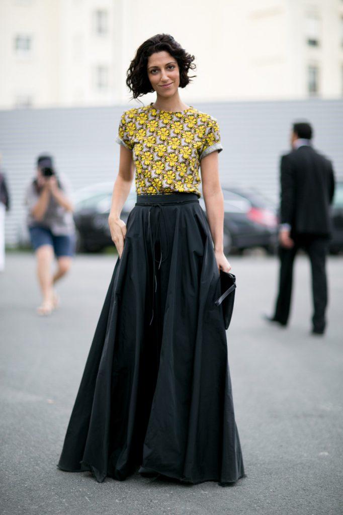 Черная юбка в пол с желтым верхом