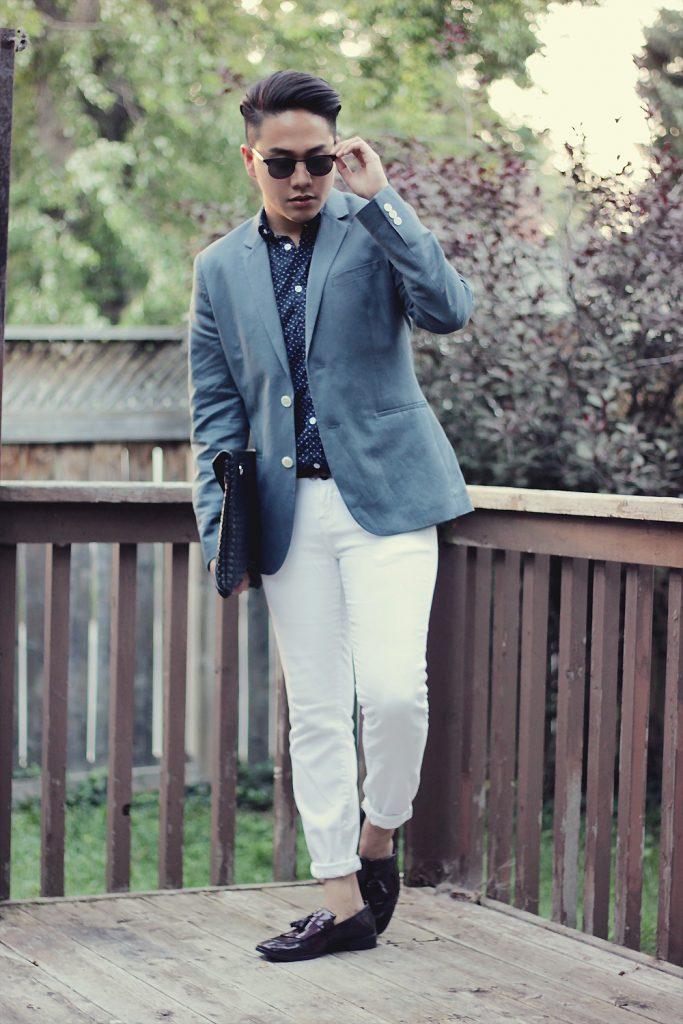 Белые мужские чиносы с пиджаком