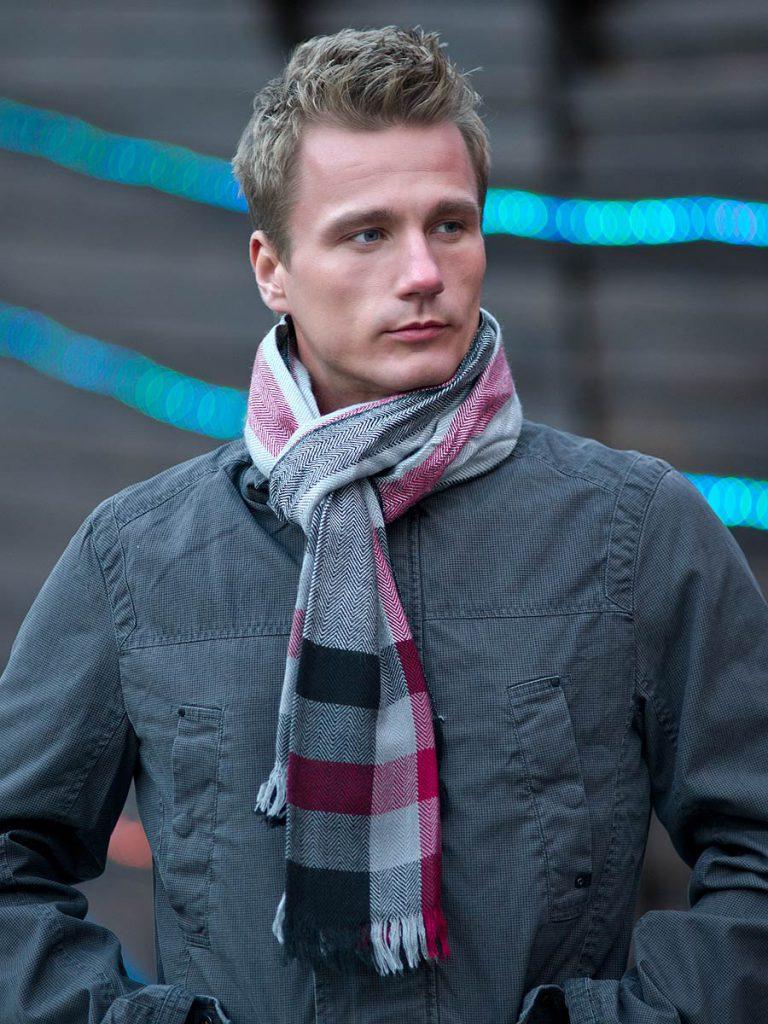 Клетчатый классический мужской шарф