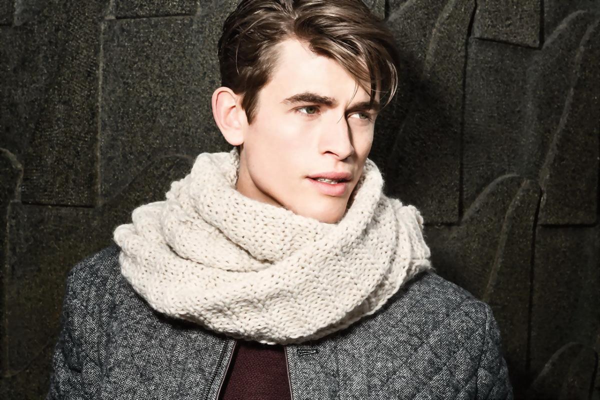 горой есть как носить шарф мужчине фото так давно встретил
