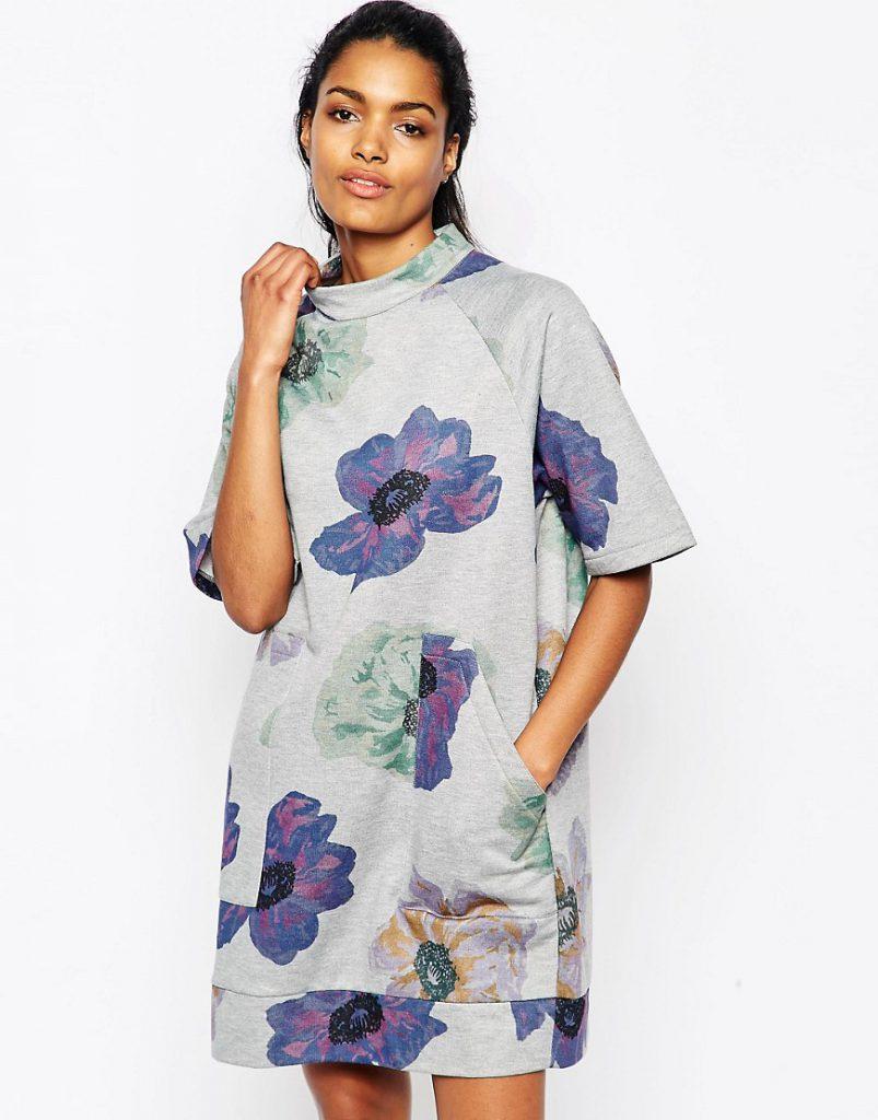 Свободное серое цветочное платье