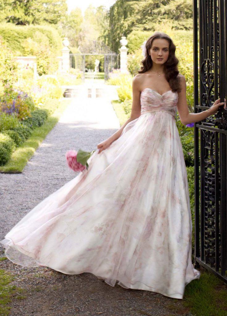 Роскошное цветочное свадебное платье