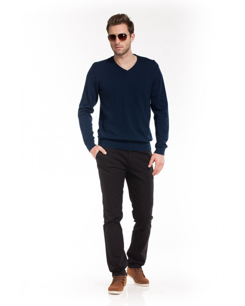 Темно-синий мужской пуловер