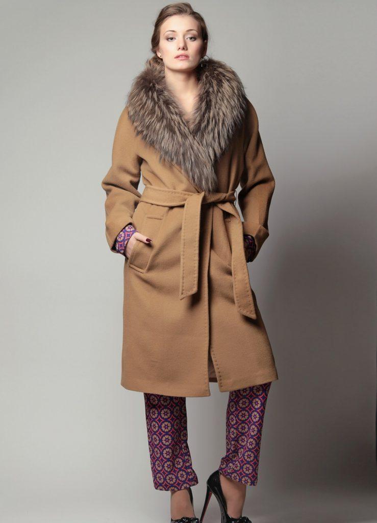 Большой меховой воротник к пальто