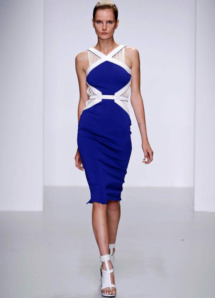Бело-синее платье