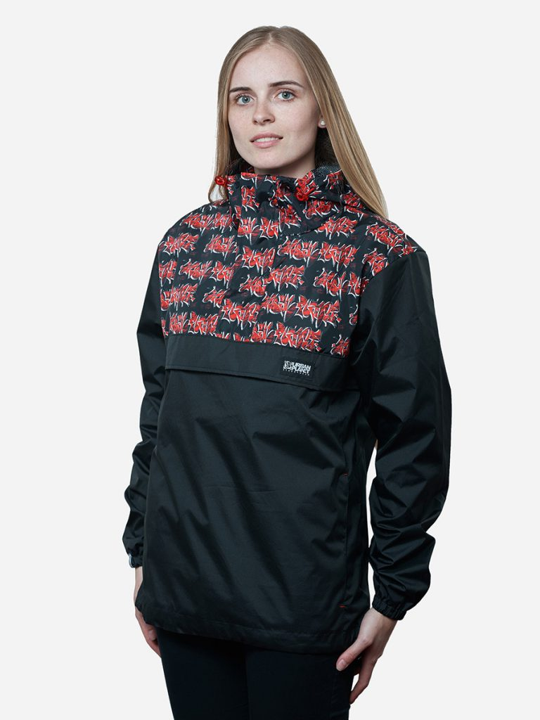Черно-красный женский анорак
